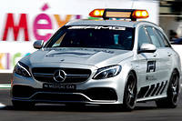 Medical car (Mercedes AMG C 63 S Break V8-R) lors d'une intervention.