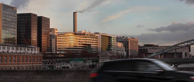 L'automobile est souvent stigmatisée mais les pollutions dues aux immeubles et aux industries la dépassent largement.
