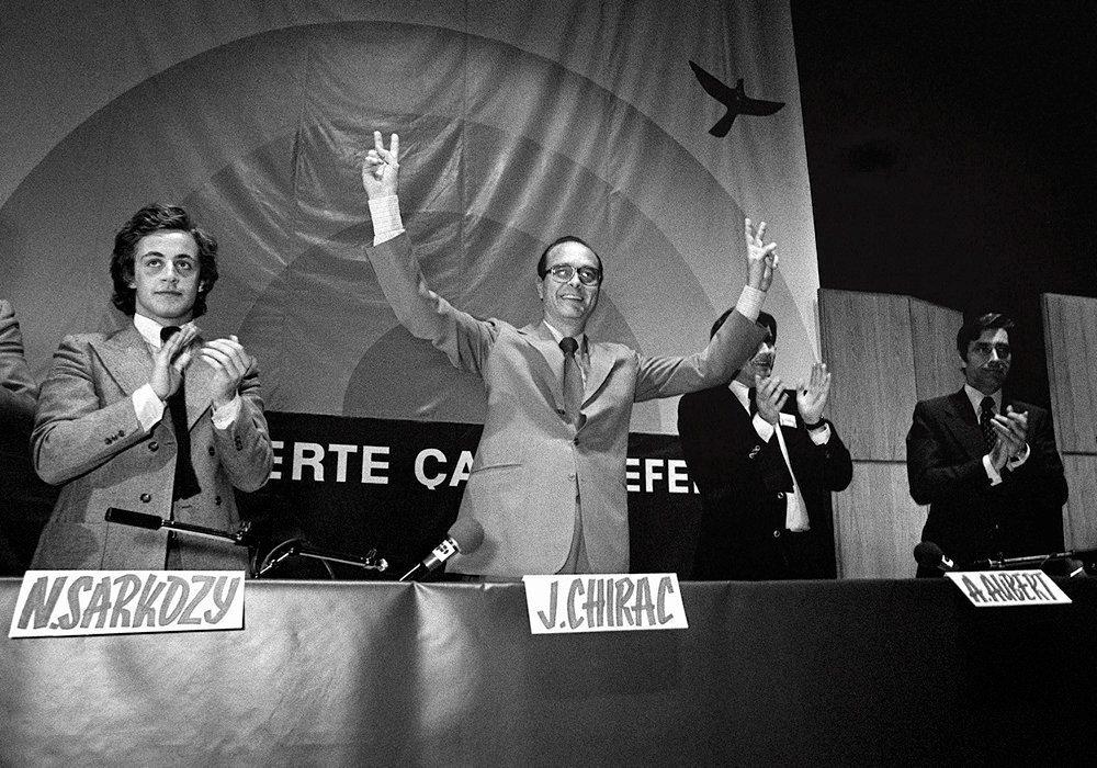 Rampe de lancement. Paris, 23juin 1976: lemeeting organisé parles jeunes de l'UDR s'achève. Six mois plus tard, Jacques Chirac crée le RPR, au sein duquel Nicolas Sarkozy prendra son essor.