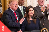Donald Trump et Sarah Huckabee Sanders, porte-parole de la Maison-Blanche de juillet 2017 à fin juin 2019.