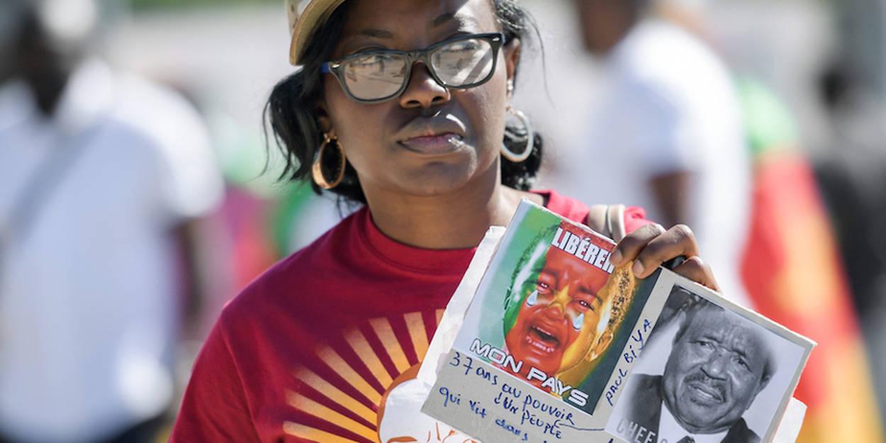 Cameroun Comment La Suisse A Poussé Le Président Paul Biya