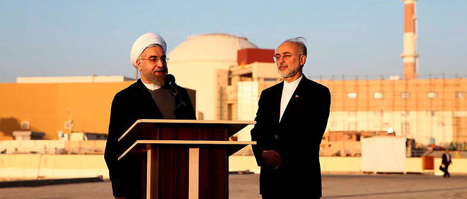 L'Iran a annoncé ce lundi qu'il enrichissait désormais son uranium à 4,5 %. À 90 %, le combustible nucléaire peut servir à la fabrication de la bombe atomique, ce que Téhéran dément vouloir rechercher.