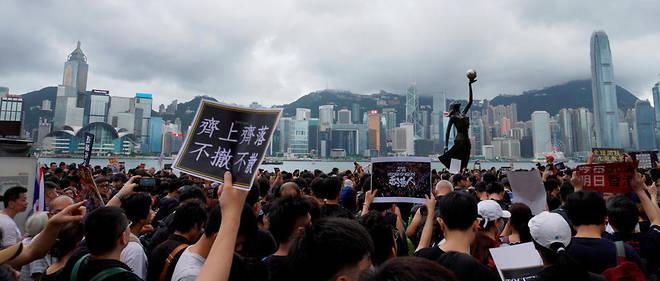 La mobilisation ne faiblit pas à Hong Kong, malgré les nombreuses arrestations.