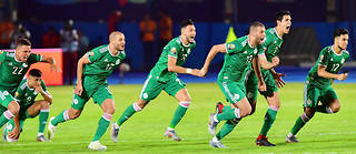 Au terme de la terrible séance des tirs au but, ce sont les Algériens qui remportent le choc contre la Côte d'Ivoire (3-4, t.a.b.) et se qualifient pour le dernier carré.