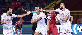 Grâce à sa victoire (0-3) contre Madagascar avec des buts de Ferjani Sassi (52'), Youssef Msakni (60') et Naïm Sliti (90 '+ 3), la Tunisie accède aux demi-finales.