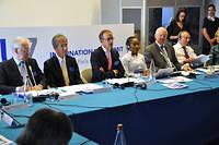 Autour de Frederic Mion, 47 presidents d'universite sont reunis dans les locaux de Science Po Paris.
