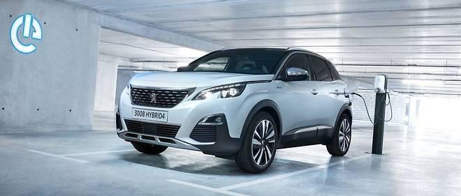 Avec ses 300 ch de puissance cumulée et ses 4 roues motrices, le 3008 Hybrid4 va bientôt incarner le haut de gamme Peugeot, en attendant une 508 hybride recharge PSE (Peugeot Sport Engineered) encore plus performante.