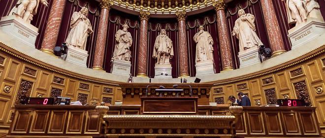 Traduisant une partie des mesures du plan «Ma santé2022» présenté en septembre par Emmanuel Macron, le projet de loi prévoit notamment l'emblématique suppression du numerus clausus.