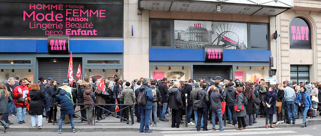 Le magasin Tati à Barbès restera l'unique enseigne ouverte.