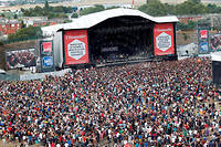 La Fête de l'Humanité a accueilli 800000 spectateurs sur trois jours en 2018, se plaçant en haut du podium des plus grands festivals de musique français.
