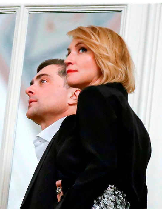 Vie privée. Vladislav Sourkov et son épouse, Natalia Doubovitskaïa, en décembre 2018.