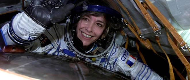 Claudie Haigneré dans le Soyouz pour sa mission Andromède (2001).