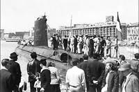 Photo de 1965 montrant le sous-marin la « Minerve » dans le port de Marseille. Cinquante ans après sa disparition, en 1968, dans les eaux toulonnaises, les recherches pour retrouver son épave vont reprendre.