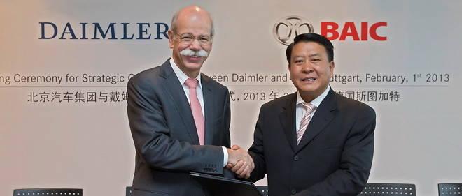C'était l'étape précédente en 2013 lorsque Daimler, avec Dieter Zetsche, prenait 12 % de BAIC. Cette fois, c'est le contraire avec 5 % de Daimler acquis par le second chinois au capital allemand, BAIC, le premier Geely ayant déjà près de 10%.