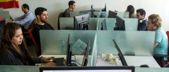 Au Maroc, les centre d'appels ont dû s'adapter pour continuer à avoir des clients internationaux.