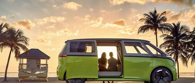 Le van, la planche de surf et les vacances ne doivent pas faire oublier les règles locales du Code la route.