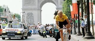 Laurent Fignon lors de l'ultime contre-la-montre du Tour de France 1989.