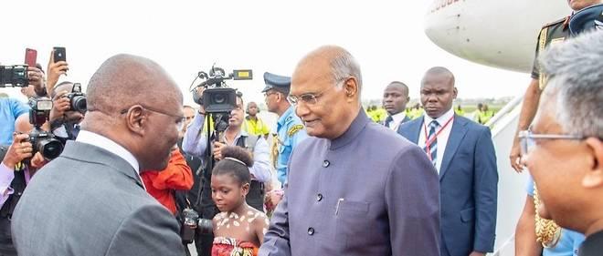 Le président indienRam Nath Kovin est arrivé ce dimanche 28 juillet pour une tournée de sept jours inédits dans trois pays jamais visités par les autorités indiennes.