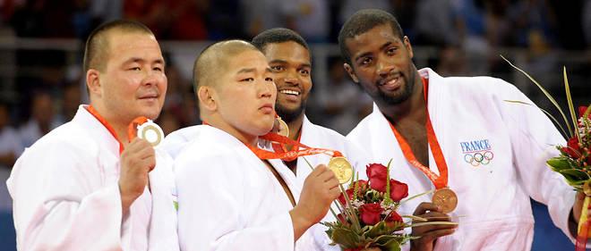 Avant ses fantastiques succès, le judoka françaisTeddy Riner (à droite) avait dû se contenter d'une médialle de bronze aux Jeux olympiques de Pékin en 2008.