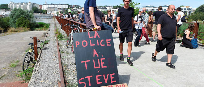 Pancarte vue lors de la manifestation du 3 août 2019 à Nantes.