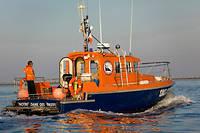La vedette de sauvetage en mer SNS dans le bassin d'Arcachon.