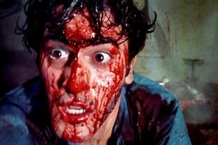 Bruce Campbell, alias le pauvre Ash Williams, martyr d'une entité démoniaque le harcelant dans une cabane au fond des bois.