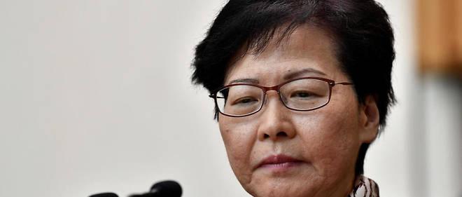 """""""En ce qui concerne une solution politique, je ne crois pas que nous devrions faire des concessions dans le but de faire taire les manifestants auteurs de violences"""", a déclaré Carrie Lam."""
