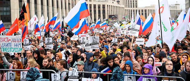 Pour son quatrième week-end consécutif de manifestation à Moscou, ce mouvement de contestation ne faiblit pas, en dépit de la sévère réponse des autorités.