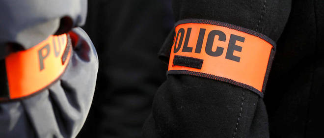 Le jeune homme, initialement placé en garde à vue pour «trafic de drogues», a été entendu par les enquêteurs de l'IGPN et a déposé une plainte pour violences contre les policiers.