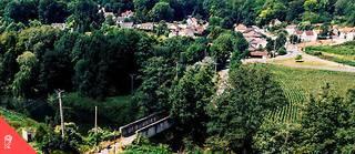 Le pont de Tigeaux (Seine-et-Marne) a dû être fermé. Son trafic avait atteint 3000véhicules par jour. Il est construit sur un site classé et contient de l'amiante.  ©Sébastien Leban