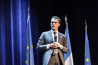 Sandro Gozi lors d'un meeting de la liste Renaissance menée par Nathalie Loiseau en mai 2019 à Paris.