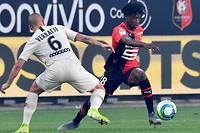Eduardo Camavinga efface Marco Verratti lors du match Rennes-PSG le 18 août.
