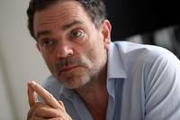 Yann Moix avait déjà affirmé avoir été battu par son père dans un ouvrage paru en 2006, « Panthéon».