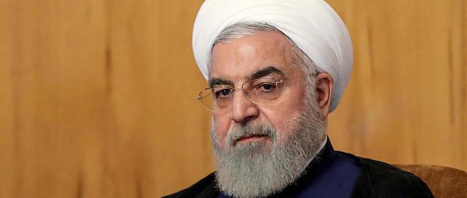 La première « étape est de retirer les sanctions. Vous devez retirer toutes les sanctions illégales, injustes et erronées contre la nation iranienne », a déclaré Hassan Rohani dans un discours retransmis sur la télévision d'État.