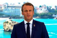 Emmanuel Macron, ici a Biarritz, assure aborder les reformes a venir << avec beaucoup de determination et d'humilite >>.