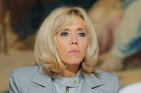 Brigitte Macron a notamment reçu un message de soutien d'un célèbre acteur brésilien et de l'écrivain Paulo Coelho.
