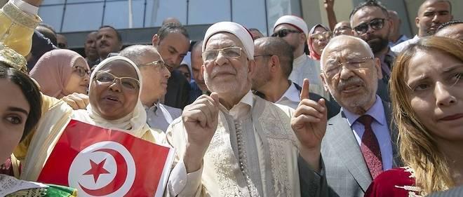 Numéro 2 du parti islamiste Ennahdha, président du Parlement par intérim, Abdelfattah Mouroupasse pour l'un des favoris de cette présidentielle.