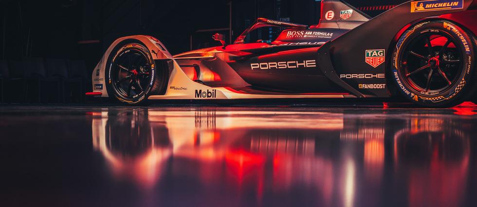 <p>La nouvelle écurie porte le nom de TAG Heuer Porsche Formule E Team.</p> <p></p>