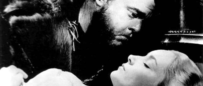 «Othello», la tragédie du Maure de Venise, mise en scène en 1952 avec Orson Welles (Othello) avec Suzanne Cloutier (Desdémone).