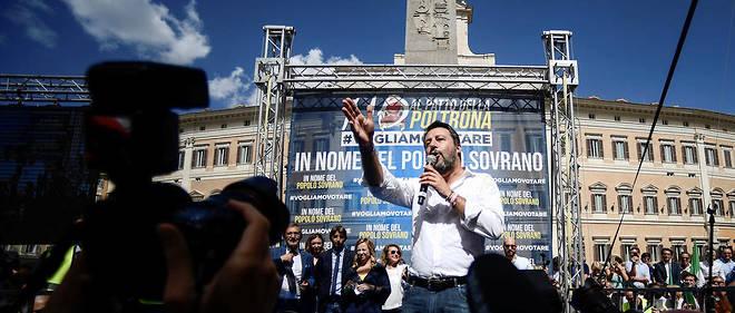"""""""Ils peuvent fuir le vote pendant quelques mois mais pas indéfiniment et quand nous reviendrons au vote, nous l'emporterons"""", a prévenu Salvini."""