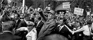 Le 23juillet 1967, à Québec, le général de Gaulle appelle les Québecois à s'émanciper de l'influence anglophone.  ©Alain Nogues