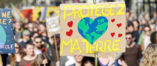 Interrogés sur les enjeux qui les préoccupent le plus « à titre personnel », les Français placent en tête « la protection de l'environnement » (photo d'illustration)