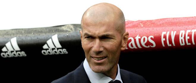 Zinédine Zidane est l'entraîneur du Real Madrid.