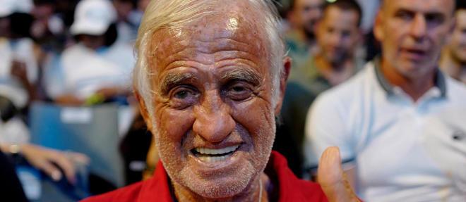 Jean-Paul Belmondo en forme au match du boxeur francais Tony Yoka, le 13 juillet a Antibes.