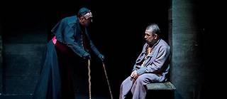 Philippe Torreton (à droite) et Guy-Pierre Couleau dans « La Vie de Galilée », à la Scala, à Paris, jusqu'au 9 octobre.