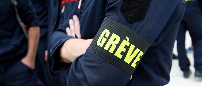 Le mouvement est resté jusqu'ici plutôt symbolique, les professionnels ne représentant que 16 % des quelque 247 000 sapeurs-pompiers.
