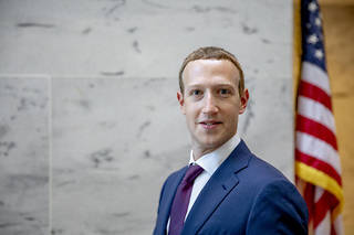 De nombreux sujets ont été évoqués avec les sénateurs américains, notamment les contenus racistes et les fake news.