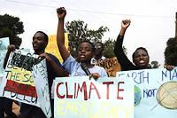 Consciente des enjeux du changement climatique pour son avenir, la jeunesse ougandaise se mobilise.