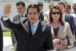 Le décès de Ben Ali n'a pas fait la une de l'actualité ni des conversations, alors que la Tunisie s'apprête à élire ses députés le 6 octobre, puis à choisir un président entre deux outsiders
