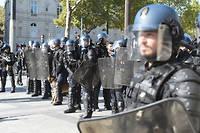 A 16 heures samedi 21 septembre, la prefecture faisait etat de 137 interpellations et le parquet de 90 gardes a vue.
